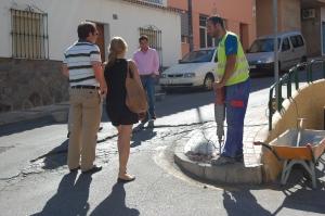 En C/ Lágrima , Cortijillo Bazán, inicio de obras de accesibilidad